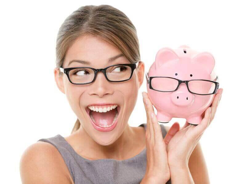Zero financing woman holding piggy bank
